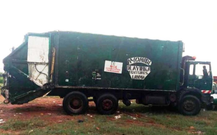 Lagos Arrests 4 PSP Offficials For Dumping Waste On Streets