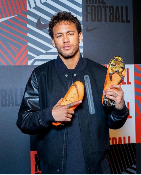 Footballer Neymar sends the internet into a frenzy with this photo