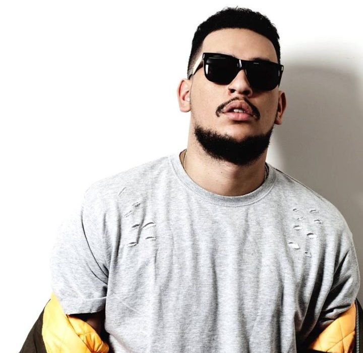 Rapper AKA shares 4 generation photo of his daughter with her grannies