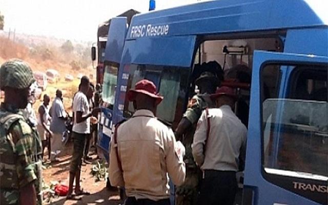 8 die on Lagos-Ibadan expressway auto crash