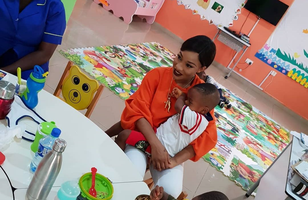 Tonto Dikeh hangs out with her son,classmates in school