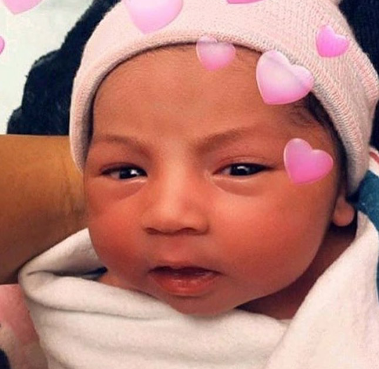 First photo of Cardi B's daughter,Kulture