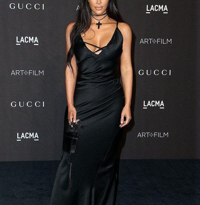 Kim Kardashian little accesory has everyone talking